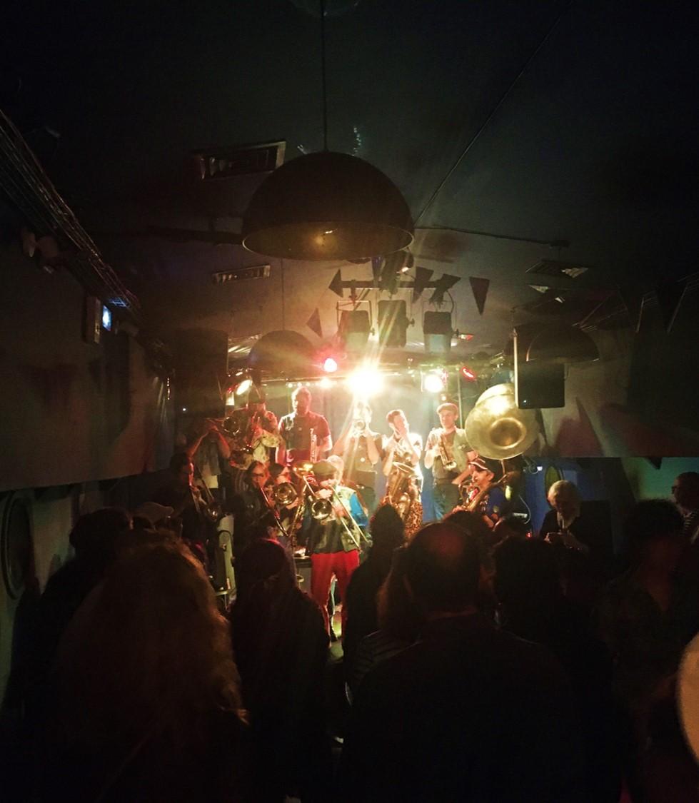 Concert Metaxu